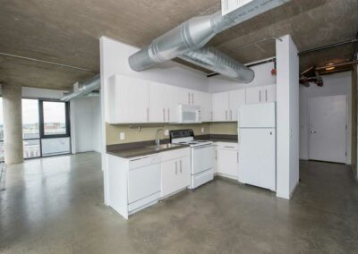 The Hub on Chestnut apartment interior kitchen with white appliances